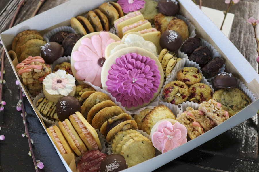 Spring Cookie Gift Box